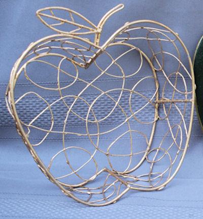 basket-aplple-basket-small-main.jpg