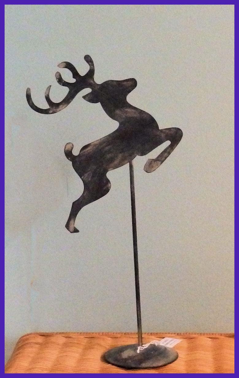 da-reindeer-pedestal-13015.jpg