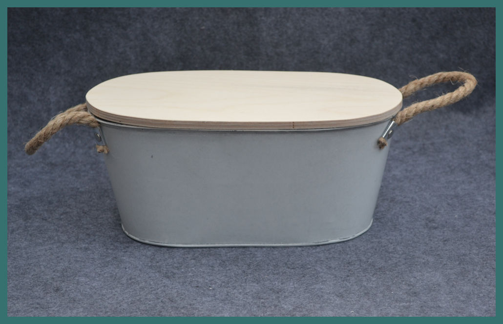 metal-oval-garden-containner-with-lid-backtma74380.jpg