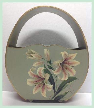wood-basket-with-handle-star-gazer-lilly1923022.jpg