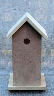 wood-birdhouse-19230030-front.jpg
