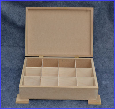 wood-tea-box-with-feet-open-120700-sm.jpg